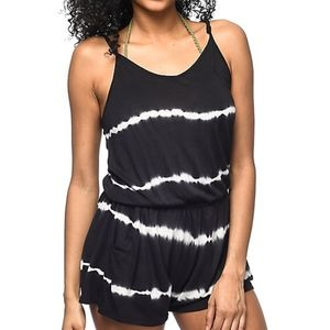 NWT Empyre Eve black tie dye romper with POCKETS